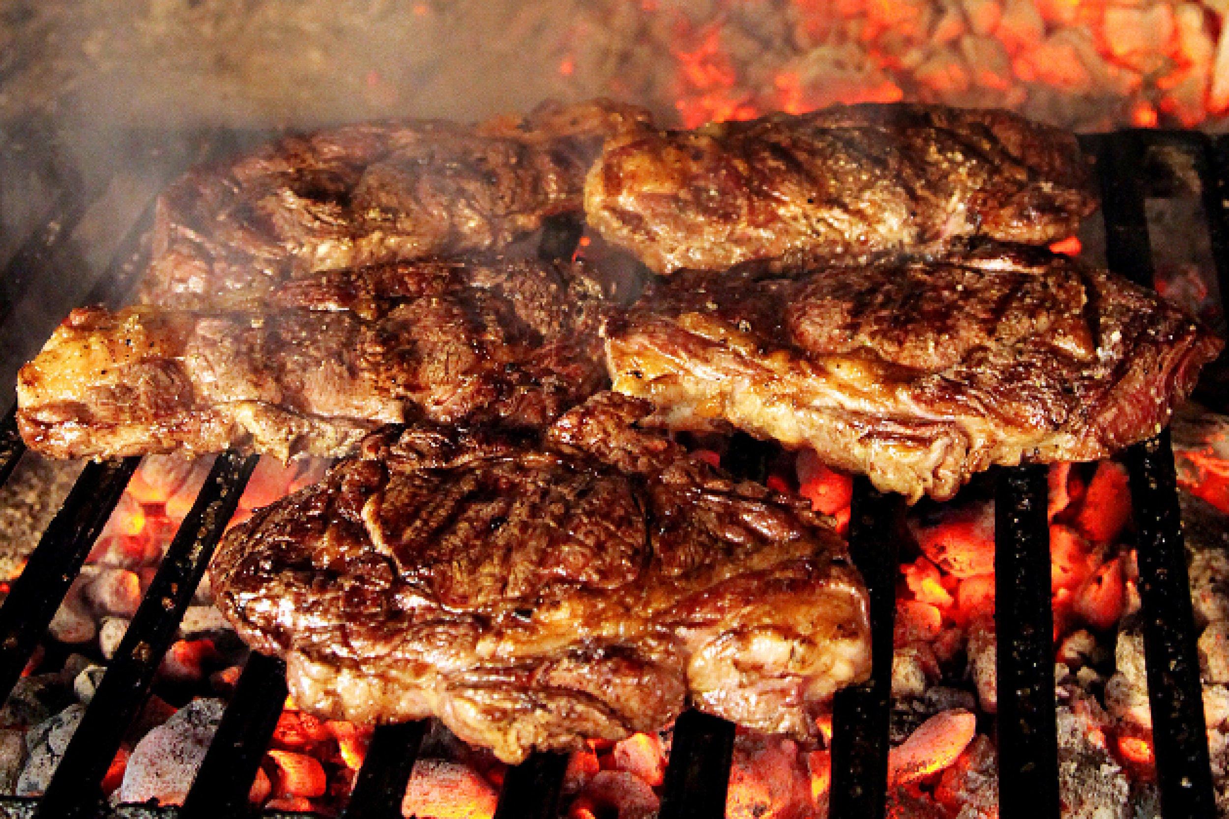 Las ventajas de ser carn voro y disfrutar del asado - Parrilla de la vanguardia ...